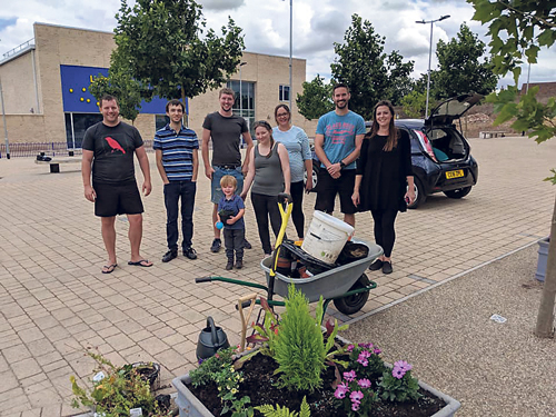 Planters brighten School Square