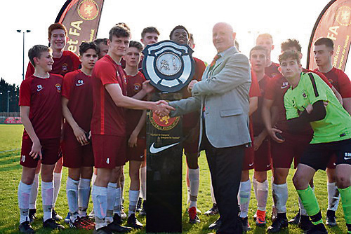 Mighty Mangos U16s lift county trophy